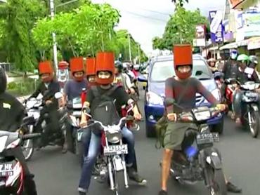 Indonesia: Không đội mũ bảo hiểm có thể bị phạt tù... 1 tháng