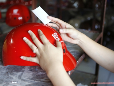 Thế nào là nón bảo hiểm đạt chuẩn ?