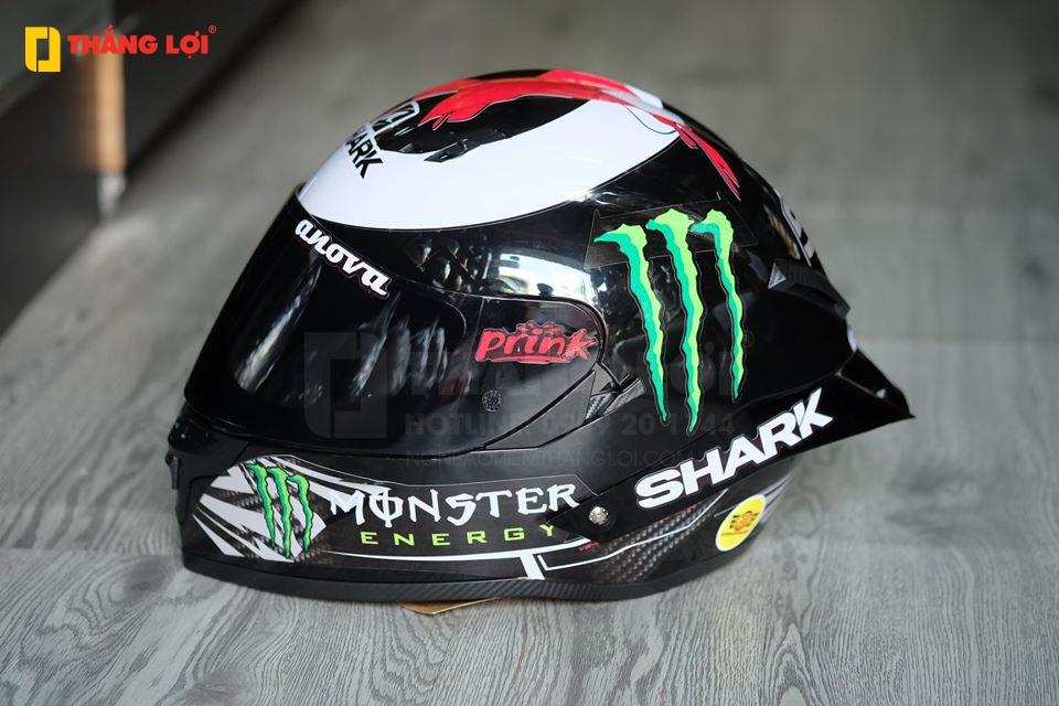 Nhắc đến các thương hiệu mũ bảo hiểm nổi tiếng thế giới, chắc chắn sẽ là một thiếu sót lớn nếu bỏ qua SHARK