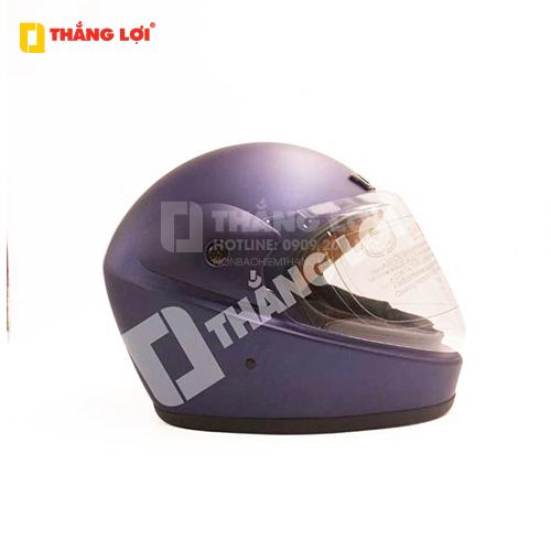 Cách nhận biết mũ bảo hiểm đạt chuẩn: Lõi xốp của mũ tiêu chuẩn thường dày dặn, chắc chắn, độ đàn hồi cao