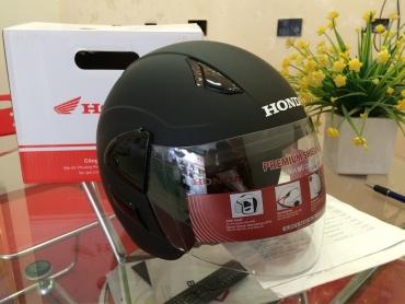 Mũ Bảo Hiểm Honda Có Kính Nửa Đầu Hay Không Kính Tốt Hơn